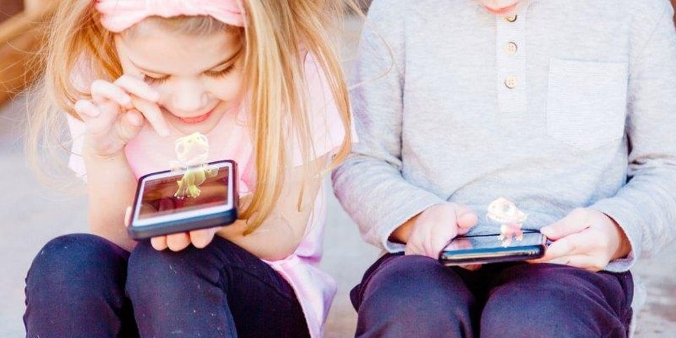 AUGMENTED REALITY AND KIDS